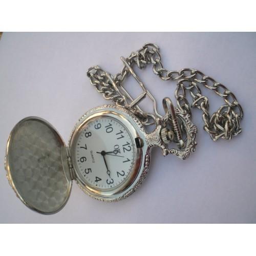 Джобен часовник с верижка