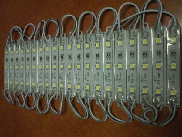 Лед осветителна лента с LED диоди 12 V