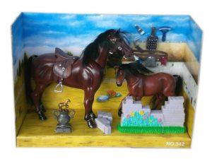 Детска играчка комплект с коне малък и голям